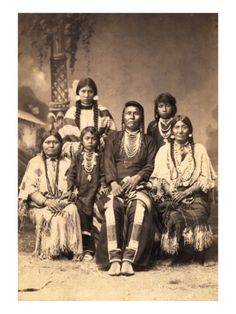 Chief Hin-mah-too-yah-lat-kekt(Chief Joseph) of the Nez Perce Indians, with family. Circa 1880 x Native American Beauty, Native American Photos, Native American Tribes, Native American History, Indian Tribes, American Indians, The Americans, Chief Joseph, First Nations