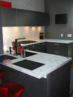 1000 ideas about l shaped kitchen designs on pinterest for Small u shaped galley kitchen designs