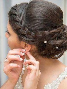 22. Frisur mit Zöpfen für langes Haar