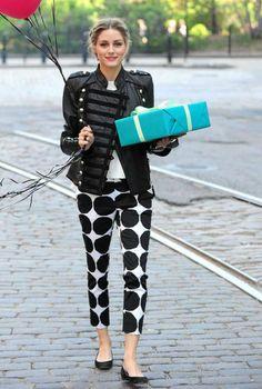 Love the Finish brand Marimekko! Olivia Palermo in Banana Republic Marimekko Style Olivia Palermo, Olivia Palermo Lookbook, All About Fashion, Love Fashion, Fashion Trends, Fashion 2014, Travel Fashion, Estilo Fashion, Ideias Fashion