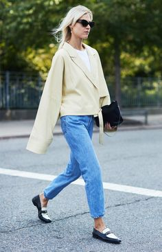 "These ""Awkward"" Colour Combinations Just Got Adopted by Fashion People via @WhoWhatWearUK"