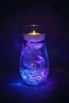 Flower Centerpieces with Fairy Lights Inspirational Submersible Led Lights Floralytes Ice Cubes Fairy Fairy Lights, Tea Lights, Wedding Table, Diy Wedding, Wedding Ideas, Wedding Reception, Floating Candle Centerpieces, Centerpiece Ideas, Water Beads Centerpiece