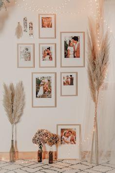 DIY déco : un mur de cadres bohème - C by Clemence Mur Diy, Gallery Wall, Blog, Frames, Photos, Decorations, Home Decor, Cadre Photo, White Picture Frames
