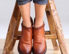 Handmade shoes/leather shoes/ women shoes/retro shoes/soft shoes/casual shoes/autumn shoes/pure color shoes