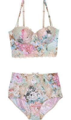 floral bra. Such a pretty set