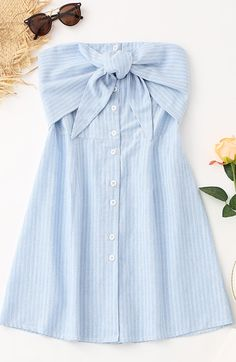 Sweet baby blue summer Bowknot Stripes Tube Mini Dress Sweet baby blue summer Bowknot Stripes Tube Mini Dress This tube mini dress features a button-up front with tiered bowknot detail and a smocked back with the hottest striped pattern throughout in A-li Baby Blue Dresses, Pretty Dresses, Summer Dresses, Mini Dresses, Cute Casual Outfits, Stylish Outfits, Casual Dresses, Summer Outfits For Teens, Spring Outfits
