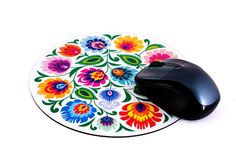 White Lowicz Folk Art Mouse Pad Poland Culture, Polish Wedding, Polish Folk Art, Painted Plates, Colored Paper, Red Flowers, Paper Cutting, Art Lessons, Black Backgrounds