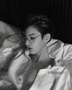 Jungkook or Daddy Jungkook?😍🔥 - Wow I love this edit so much it's so freakin good😍 Credit to @byjungkook