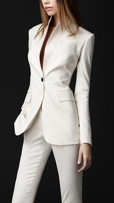Burberry-virgin wool jacket in natural white