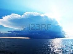 Resultado de imagen para imagenes de vectores de cielos tormentosos