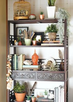 Funky Decor, the must have pin styling, home decor ref 8093292827 - Lori's Decoration Lab Funky Home Decor, Eclectic Decor, Home Decor Styles, Diy Home Decor, Boho Chic Interior, Home Interior, Interior Shop, Interior Design, Design Design