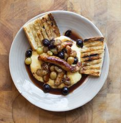 Post image for Sausages, Roasted Grapes, Polenta, Vino Cotto Sauce