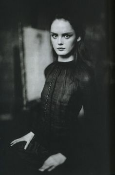 'Les Memoirs'. Lisa Cant by Paolo Roversi.