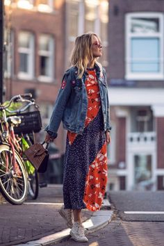 Ganni: One of Copenhagen's Coolest Fashion Brands Is Now on Net-A-Porter… Love Fashion, Autumn Fashion, Girl Fashion, Fashion Looks, Womens Fashion, Fashion Styles, Dress Fashion, Outfit Jeans, Blue Jeans
