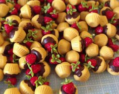 Miniature Sweet - Cup cake Chocolate Strawberry- 10pcs For Deco Charms Dolls House - LOT239