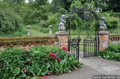 The Manor House & Garden by Gertrude Jekyll
