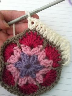African Granny Flower Tutorial. Just brilliant, I do so love this, so thanks ever so xox