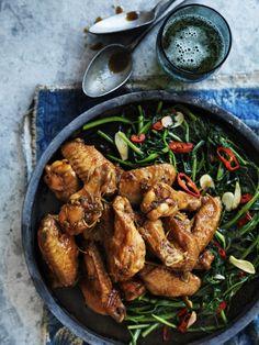 Vietnamese | Chicken Wings in Vietnamese Caramel http://afamily.vn/an-ngon/che-sam-bo-luong-mon-qua-vat-mat-bo-tu-mien-nam-2011090709125972.chn