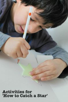 how to catch a star activity drawing stars Preschool Activities, Activities For Kids, Crafts For Kids, Drawing Stars, Book Reviews For Kids, Summer Reading Program, Space Crafts, Craft Space, English Book