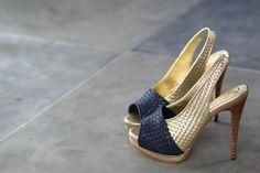 Sita Woven 138 Navy Blue/Gold | Niluh Djelantik