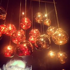 Mindblowing lighting show at Tom Dixon Cinema in Milan. #tomdixon #lighting #lightingshow #milandesignweek #milandesignweek2015 #fuorisalone #pendantlighting Pendant Lighting, Chandelier, Tom Dixon, Christmas Bulbs, Ceiling Lights, Led, Holiday Decor, Instagram Posts, Home Decor