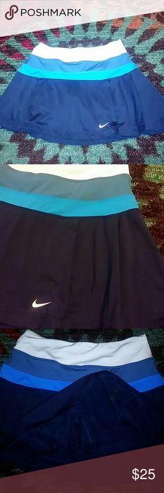 Nike dri fit four toned skorts High waist white band soft green turquoise and navy blue Nike Shorts Skorts