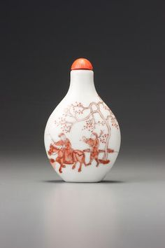 An iron-red porcelain 'Meng Haoran' snuff bottle Jingdezhen, Wenmeizhai zhi mark, 1821-1850