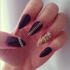 Black-Nail-Art-Images-Ideas
