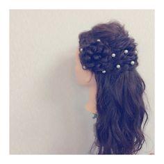 ハーフアップ♪♪♪サイドにお花っぽくまとめて可愛く♪♪♪ Dreadlocks, Hair Styles, Beauty, Beleza, Dreads, Hair Looks, Cosmetology, Hair Cuts, Hairdos