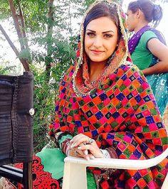 movers packers in santhome Pakistani Suits, Indian Suits, Punjabi Suits, Indian Wear, Indian Style, Salwar Suits, Hot Muslim, Kurta Pajama Punjabi, Kids Party Wear