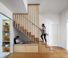 Peekaboo Residence in Melbourne / Native Design. - Fragments of architecture Home Stairs Design, Railing Design, Interior Stairs, Staircase Storage, Stair Storage, Under Stairs Nook, Modern Stairs, House Stairs, Basement Remodeling
