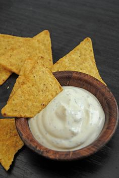 Soy milk sour cream - rich, smoooth and vegan! Vegan Recepies, Vegan Sauces, Delicious Vegan Recipes, Vegetarian Recipes, Vegan Milk, Soy Milk, Vegan Food, Pate Recipes, Cheese Recipes