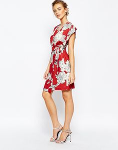 Image 4 of Closet Square Sleeve Midi dress with Tie at Side in Allover Floral