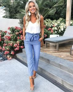 37 Look Good Casual Chic Outfits – Casual Outfit – Casual Summer Outfits Casual Chic Outfits, Outfit Chic, Women's Casual, Summer Business Casual Outfits, Summer Pants Outfits, Casual Chic Summer, Casual Spring Outfits, Professional Summer Outfits, Spring Fashion Outfits