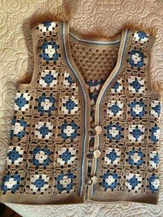 25 Blouses Cardigans For Teen Girls – Fashionspar – Fashion New Trends Crochet Coat, Crochet Jacket, Crochet Blouse, Crochet Shawl, Crochet Clothes, Crochet Girls, Crochet Baby, Crochet Squares, Jacket Pattern