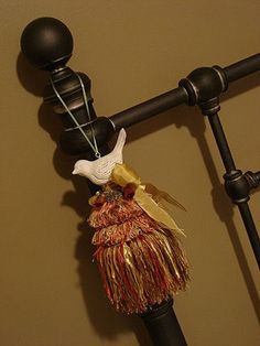 DIY Boutique Tassels - Makely School for Girls. There are a LOT of good ideas on this site!!