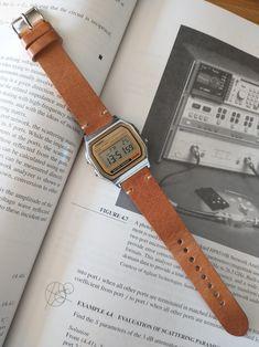 Casio Vintage Watch, Vintage Watches, Casio Watch, Old Watches, Casual Watches, Watches For Men, Authentic Watches, Classy Men, Film Aesthetic