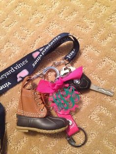 Preppy Key Chain Accessories - Love the monogram LL Bean Boot Preppy Outfits, Preppy Style, My Style, Preppy Southern, Southern Belle, Southern Prep, Juicy Couture, Preppy Essentials, Cute Cars