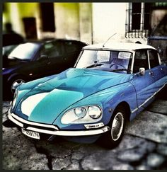 Always beauty....1974 Citroen DS 23