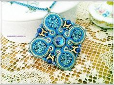 Video Creazioni bijoux, collana embroidery, orecchini e ciondolo soutache Beadwork, perle, perline - YouTube