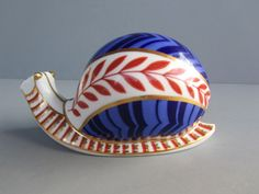 "Beautiful Royal Crown Derby ""Snail"" Paperweight - Dated 1986"