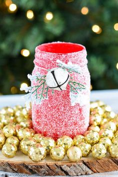DIY Glitter Mason Jar Luminary - @crystalowens