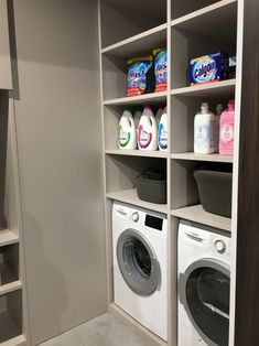 Small Laundry Rooms, Laundry Closet, Laundry In Bathroom, Bathroom Towel Decor, Laundry Room Inspiration, Farmhouse Laundry Room, Small Room Bedroom, Laundry Room Design, Home Decor Kitchen