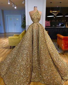 Glam Dresses, Event Dresses, Fashion Dresses, Stunning Dresses, Beautiful Gowns, Pretty Dresses, Fairytale Dress, Pageant Gowns, Ideias Fashion