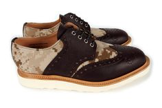 Mark McNairy x Bodego digi desert camo saddle shoes. Not sure what I'd wear these with, but I still want 'em.