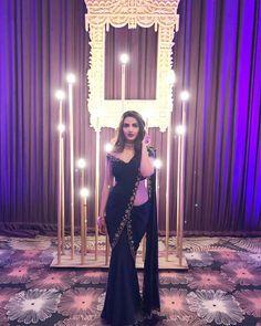Jasmin Bhasin Hot HD Photos & Mobile Wallpapers – My World Indian Designer Outfits, Indian Outfits, Designer Dresses, Designer Wear, Saree Draping Styles, Saree Styles, Saris, Sarees For Girls, Sari Dress