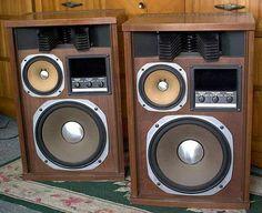 Vintage audio Sansui SP-2700 speakers