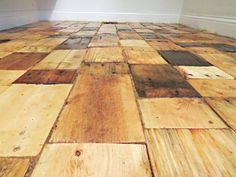 Redoing+a+Floor+With+Free+Pallet+Wood