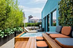 The hottest rooms with jacuzzi rooms in the US. Dream Hotel Guesthouse Terrace hot tub rooftop
