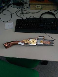 pistol Corvo steampunk